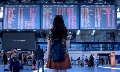 Аэропорт Транспорт Женщина Туристические