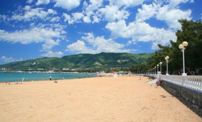 геленджик пляж море