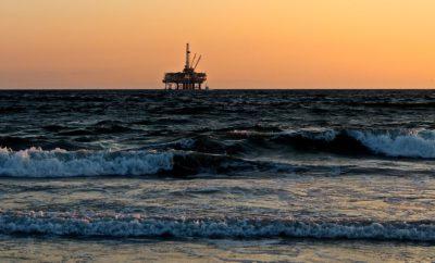 море вышка нефть