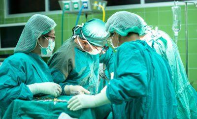 врачи операция медицина