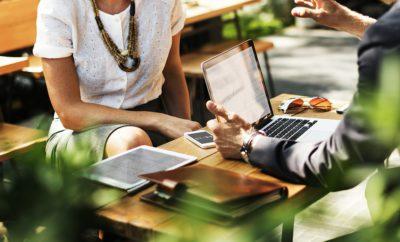 Бизнес Сделка Ноутбук Работа Сеть Связь