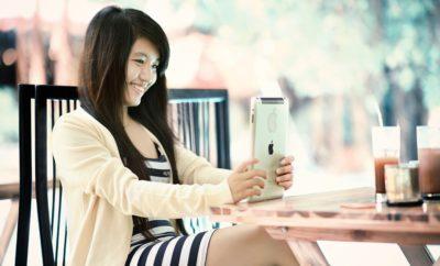 Ipad Девочка Интернет Технология