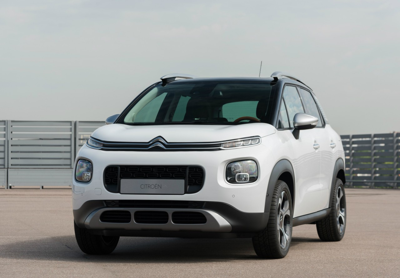 citroen c3 aircross suv 2017 1 magazine. Black Bedroom Furniture Sets. Home Design Ideas