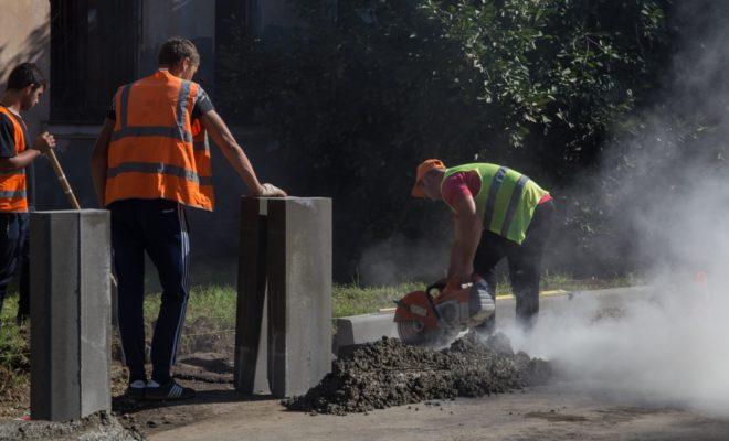 Семь участков дорог досрочно ремонтируют в Краснодаре